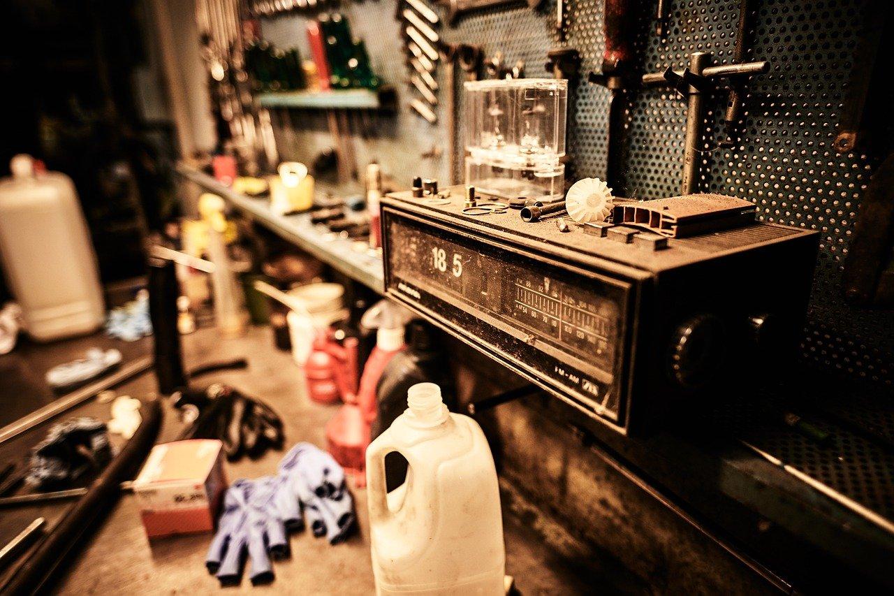 tools, radio, old